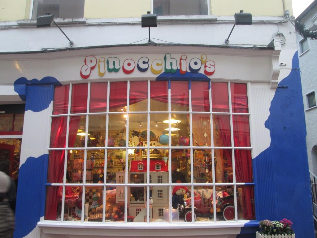 pinocchio's de cork